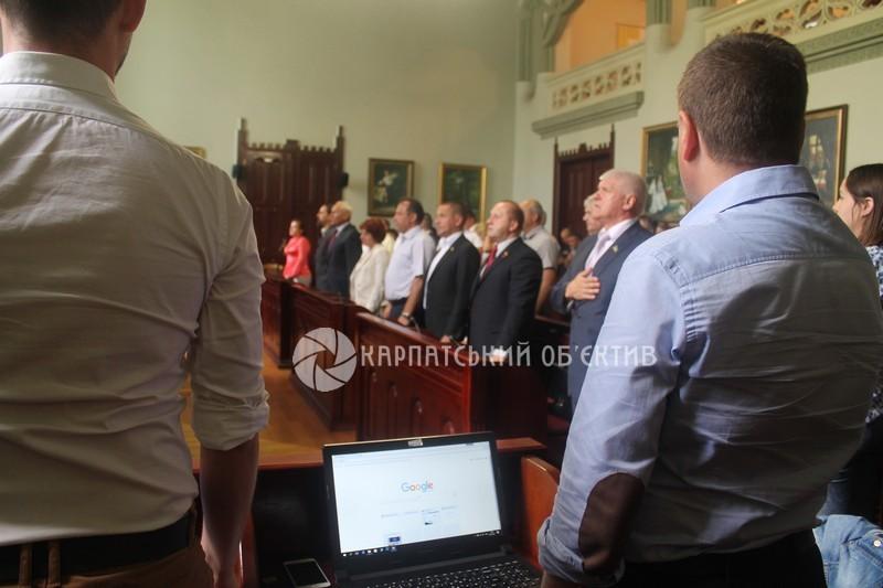 У Мукачеві пройшла сесія міської ради. ФОТО