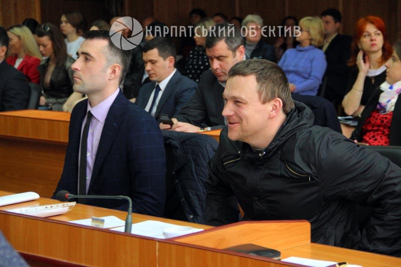 Ужгородські депутати плідно попрацювали перед Великодніми святами. ФОТО, ВІДЕО