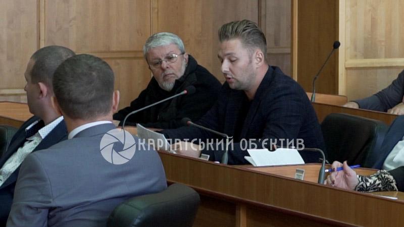 Бунт мешканців вулиці Загорської та обурені перевізники: в Ужгороді відбулася сесія міськради