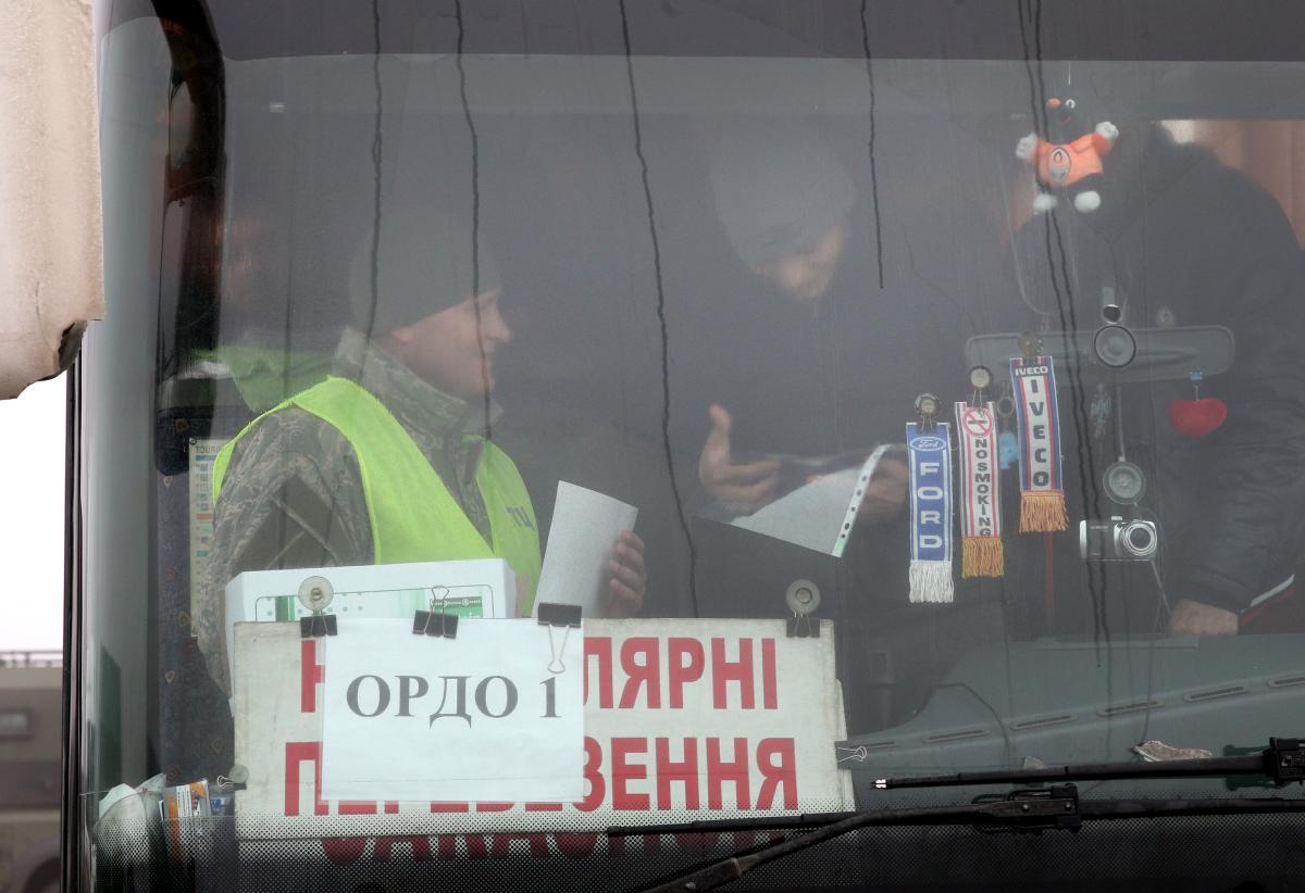З полону звільнили частину українців. Фото. Відео